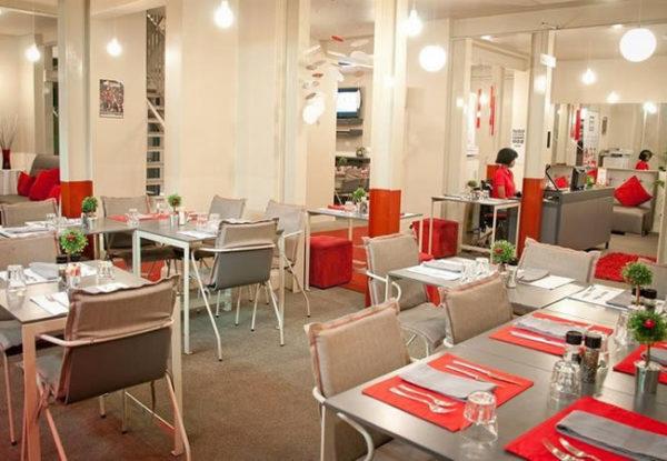 Bon Hotel 64 on Gordon Restaurant